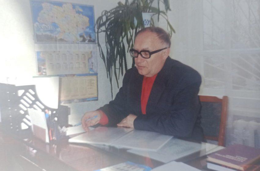 Колишній директор Добропільської ЗОШ №6 Лобко Петро Федосійович потребує фінансової допомоги