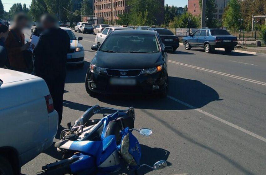Поліція розслідує аварію у Добропiллi, у якій постраждала жінка + ФОТО