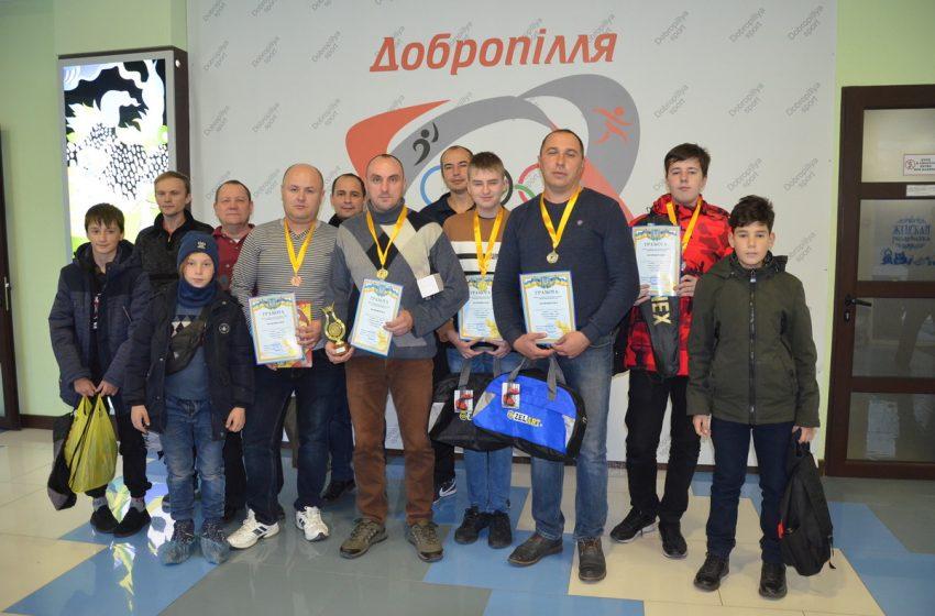 У Добропіллі пройшов турнір з шахів + ФОТО