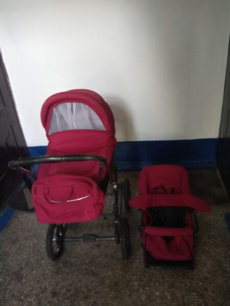 Продам детскую коляску  Roan Marita  Польша.